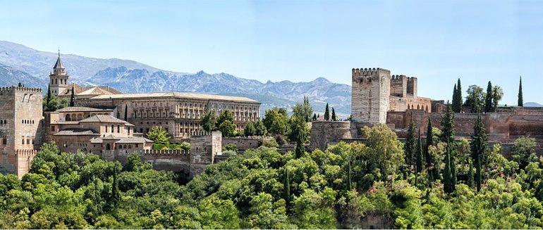 Gdzie pojechać w listopadzie - może Hiszpania?